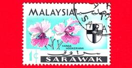 MALESIA - MALAYSIA - Usato - SARAVAK - 1965 - Fiori - Orchidee - Vanda Hookeriana - Stemmi Araldici - 1 - Malaysia (1964-...)