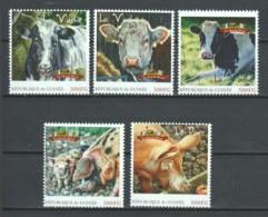 Guinee - MNH FARM ANIMALS - COWS & PIGS - Ferme