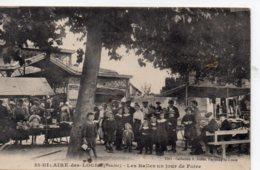 St Hilaire Des Loges : Les Halles Un Jour De Marché - Saint Hilaire Des Loges