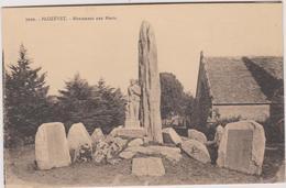 29 Plozevet  Monument Aux Morts - Plozevet