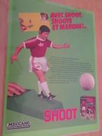 DIV415 : Clipping PAGE DE REVUE TINTIN ANNEES 60/70 EN COULEURS : JEU DE FOOT SHOOT ! - Figurines
