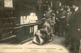 FRANCE - Carte Postale - Grèves Des Postiers - Soldats Effectuant Le Relève Des Boîtes -  L 29575 - Grèves