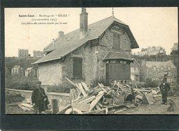 """CPA - SAINT CAST - Naufrage Du """"HILDA"""" - Les Débris Du Navire Rejetés Par La Mer Devant Les Maisons, Animé - Saint-Cast-le-Guildo"""