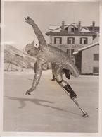 PHIL TAYLOR CANADIAN EXPERT WINGED HELMET MERCURY HOTEL BAREN  20 *15 CM Fonds Victor FORBIN 1864-1947 - Deportes