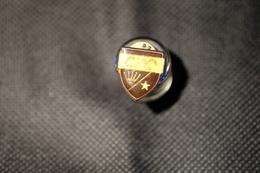 """Pin's-"""" Ciao-corona/stella"""" La Foto Non Rende La Vera Bellezza Dello Stemma Distintivo-Integro E Completo- - Badges"""