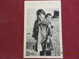 CPSM - Alaska - Une Poupée Improvisée - Postcards