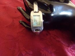 Montre Femme Bracelet Métal écran Turquoise ( Pile à Changer ) - Montres Modernes