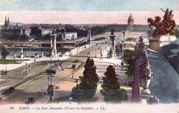 *CPA - 75 PARIS  Le Pont Alexandre III Vers Les Invalides - Colorisée - Bruggen
