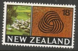 New Zealand. 1967-70 Definitives. 18c MH. SG 875 - New Zealand