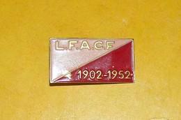 Cinquantenaire - L.F.A.C.F. - 1902 / 1952.LIGUE FEMININE D ACTION CATHOLIQUE FRANCAISE, BON ETAT VOIR PHOTO  . POUR TOUT - Autres