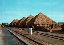 CPM - NIGERIA - Pyramides De Noix De Cola ... - Nigeria
