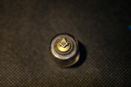 """Pin's-""""Simbolo Massonico""""la Foto Non Rende La Vera Bellezza Dello Stemma Distintivo-Integro E Completo- - Badges"""