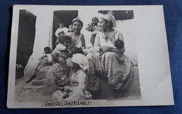 "Photo-AK ""Zigeuner/Sinti/Roma"" Usküb (Serbien) - Junge Frauen Geben Baby Die Brust - Young Nude Topless Women (ake249) - Völker & Typen"