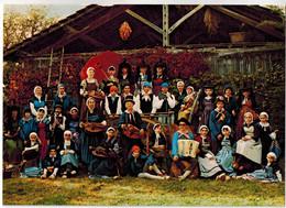 """CPSM THOISSEY (01): Groupe Folklorique """" Les Sabots Bressans """" - Autres Communes"""
