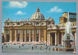 IT. ROMA. ROME. Piazza S. Pietro. St. Peter's Square. Platz. Place Saint Pierre. Old Cars. - Kerken