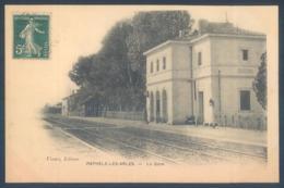 13 RAPHELE LES ARLES La Gare - Non Classificati