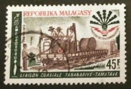 MADAGASCAR 1972 Laying Of A Coaxial Cable Between Antananarivo And Tamatave. USADO - USED. - Madagascar (1960-...)