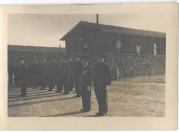 PHOTO  - FREJORGUES - Souvenir D'une Prise D'armes - Ft 11,5 X 8 Cm - Luoghi