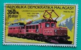 MADAGASCAR 1989 Locomotives And Automobiles. USADO - USED. - Madagascar (1960-...)
