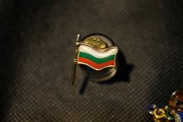 """Pin's-Spilla-""""Bandiera Bulgaria"""" Le Immagini Non Rendono La Vera Bellezza Dell'oggetto-Integro E Completo- - Pin's"""