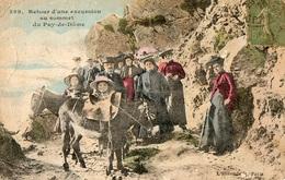 CPA Retour D' Excursion Avec Des Anes Au Sommet Du Puy De Dome - France