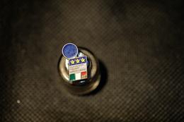 """Pin's-""""Federazione Italiana Giuoco Calcio""""Le Immagini Non Rendono La Vera Bellezza Dell'oggetto-Integro E Completo - Badges"""