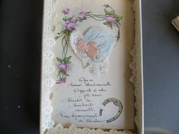CPA Carte Brodée Sainte Catherine Dans Sa Boite D' Origine - Brodées