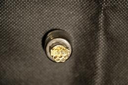 """Pin's-Ciondolo""""KODAK Sopra 5 Cerchi-Lucente""""Le Immagini Non Rendono La Vera Bellezza Dell'oggetto-Integro E Completo - Pin"""