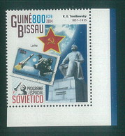 Guinea-Bissau 2014 Stamp On Stamp  Laika Space Dog Chien MNH 1V - Guinea-Bissau