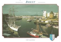 29 - Brest - Rassemblement De Vieux Gréements Dans La Penfeld, Devant La Tour Tanguy - éd. YCA En Bretagne N° 2109 - Brest