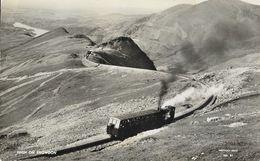 High On Snowdon (Wales, Pays De Galles) - Cogwheel Railway (chemin De Fer à Crémaillère) Snowdon Series N° 61 - Wales