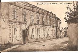 Carte Postale Ancienne - Beauvais En Matha - La Gendarmerie - France