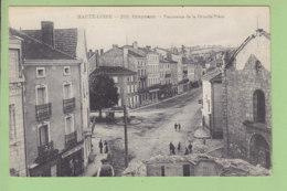 CRAPONNE : Panorama De La Grande Place, Travaux, Démolition D'une Maison. TBE. 2 Scans. Edition Getinau Malroux - Craponne Sur Arzon