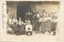 Pays Div -ref T643- Guerre 1914-18 - Macedoine -  Costumes De Macedoine  -carte Photo - Photo Postcard - - Macédoine