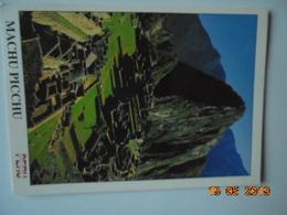 Machu Pichu, Peru. Vista Vertical. Walter Morales / Photur Postmarked 2001 - 16.7 X 12.2 Cm. - Peru