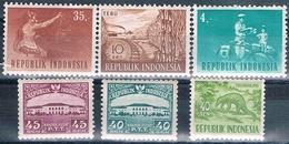 Indonesia 1953 / 64  -  Michel  102 + 104 + 178 + 270 + 438 + 449   ( Nuevos )  ( ** ) - Indonesia