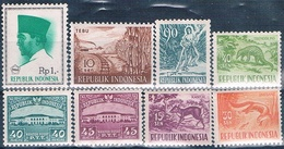 Indonesia 1953 / 66  -  Michel  102 + 103 + 108 + 173 + 176 + 178 + 270 + 528   ( Nuevos )  ( ** ) - Indonesia