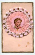 STE SAINTE CATHERINE 0011 Systeme Tirette Effet POP  UP Relief   BONNET Avec Portrait Jeune Fille   Mousseline Rose - Sainte-Catherine