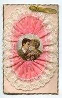 STE SAINTE CATHERINE 0017 Bonnet Dentelle Et Mousseline Rose Portrait Des Amoureux écrite - Santa Caterina