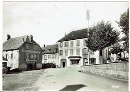 CPSM - 15 - NEUVEGLISE - La Place - - Autres Communes