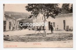 - CPA Châteauneuf-Grasse (06) - Le Pré Du Lac - Cliché J. BENOIT - - Autres Communes