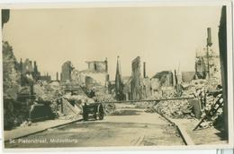 Middelburg; Sint Pieterstraat (na Bombardement In 1940) - Niet Gelopen. (F.B. Den Boer - Middelburg) - Middelburg