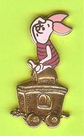 Pin's BD Disney Train Porcinet (Winnie L'Ourson) - 10Y13 - Disney