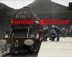 Reproduction Photographie Ancienne D'une Locomotive à Vapeur Turbomotive Des Chemins De Fer De London En 1935 - Reproductions