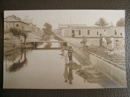 Rare Antique Photograph Tarjeta Postal - Peru Perou - Pacasmayo (north Trujillo) - N J Smith Hotel - Workers - Pérou