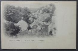CPA 29 HUELGOAT - Le Moulin Et Le Chaos - ND Précurseur - Etat -  Réf. T 166 - Huelgoat