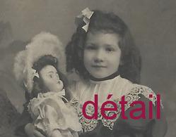 CDV Fillette Et Sa Poupée Vers 1900-puppe-doll-photo Rothier à Reims - Fotos