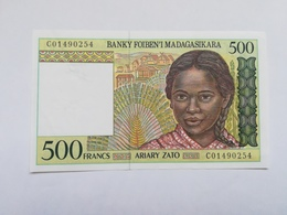 MADAGASCAR 500 ARIARY - Madagascar