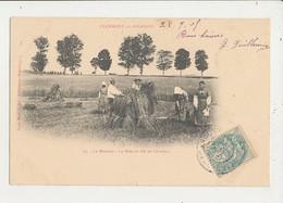 55 CLERMONT EN ARGONNE LA MOISSON LA MISE DU BLE EN CAVALIERS CPA BON ETAT - Clermont En Argonne