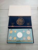 6608-2019    COFFRET MONNAIE DE PARIS FLEURS DE COINS 1978 - Z. FDC